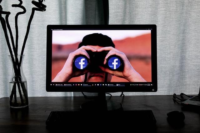 هدف قرار دادن مشتریان از طریق فیسبوک